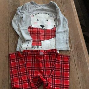 shirt is 3T and pants are 24 months
